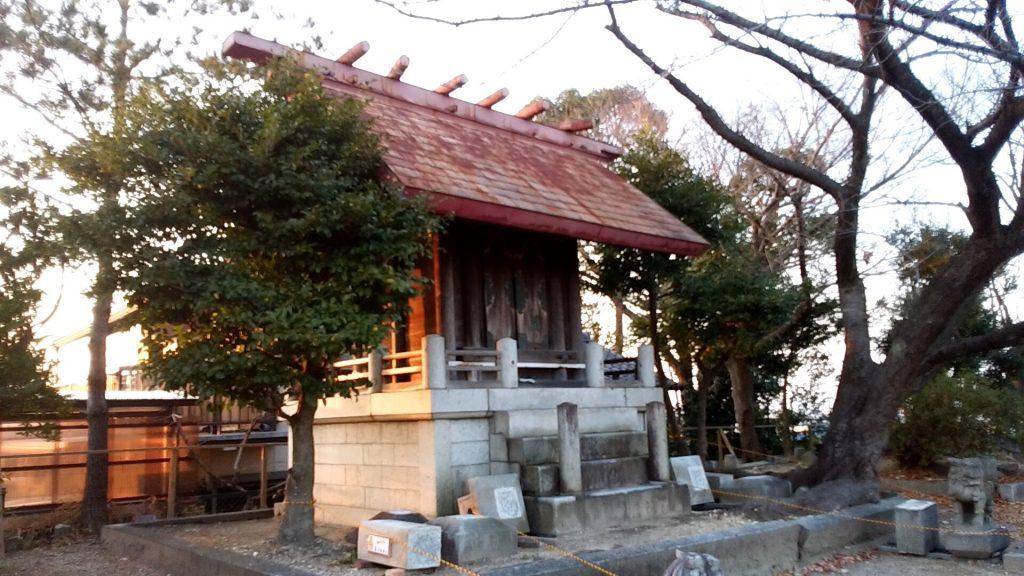 高根山の有松神社