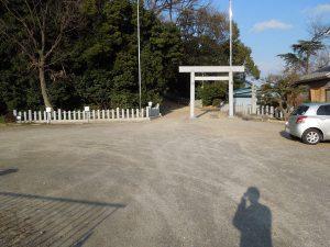桶狭間神明社の駐車場2