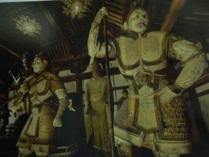 法華堂四天王像の増長天(右端)