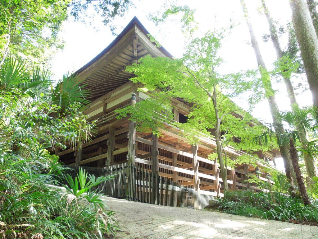 懸造の石山寺本堂