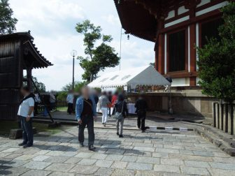 興福寺南円堂の拝観受付