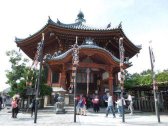御開帳当日の興福寺南円堂
