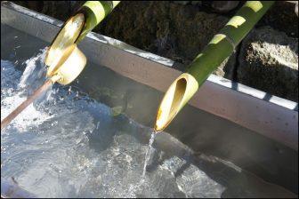 手水舎(阿蘇神社)