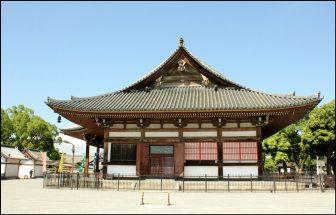 東寺の食堂(側面)