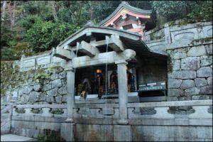 音羽の滝アイキャッチ画像(清水寺)