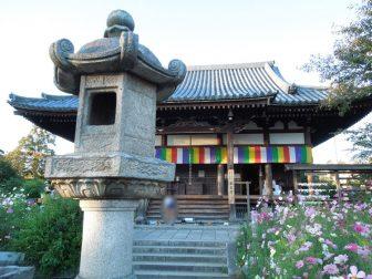 般若寺本堂(御朱印の受付場所)