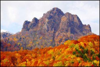 定山渓天狗岳の紅葉