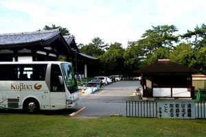 興福寺の専用駐車場アイキャッチ画像