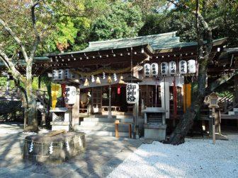 石切神社上之社の社殿
